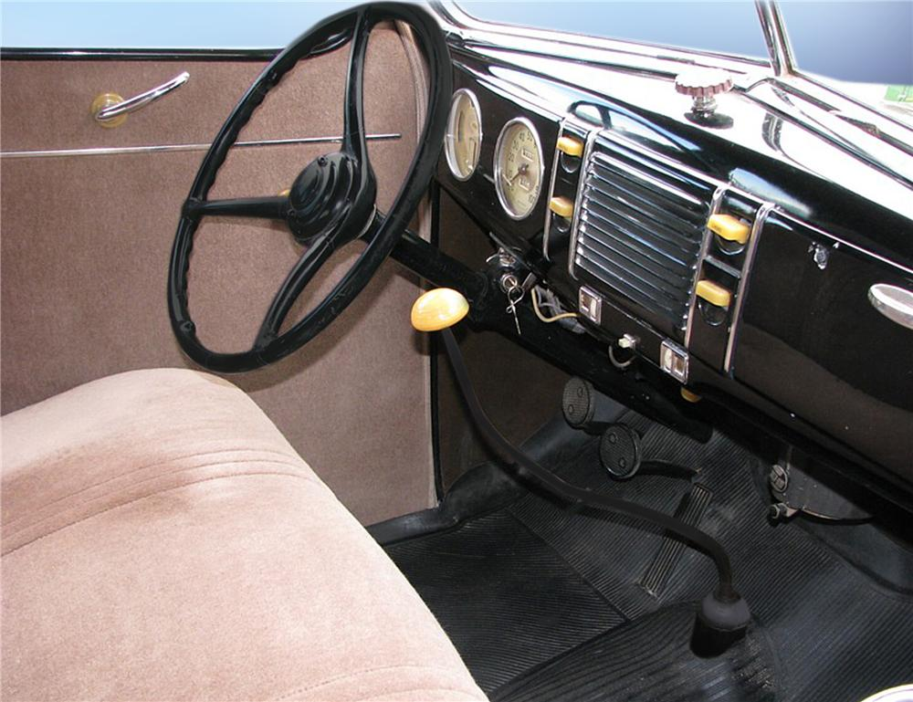 1939 FORD STANDARD 5 WINDOW COUPE - Interior - 79196