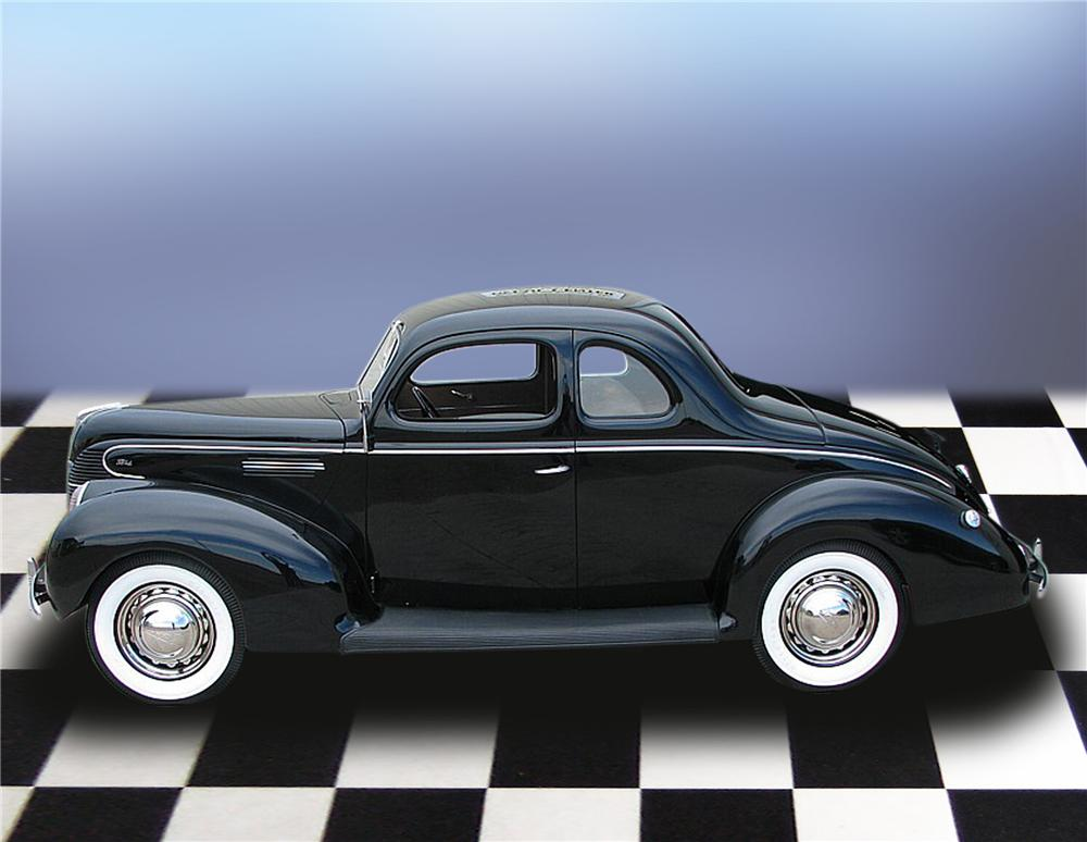 1939 FORD STANDARD 5 WINDOW COUPE - Side Profile - 79196