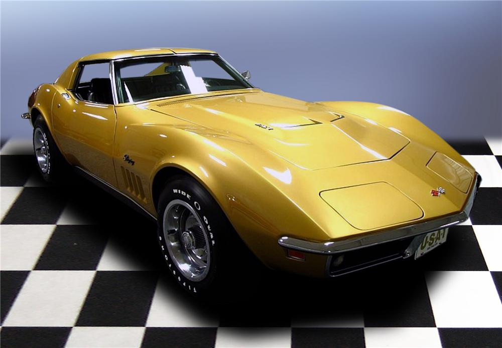 1969 CHEVROLET CORVETTE COUPE - Front 3/4 - 79198