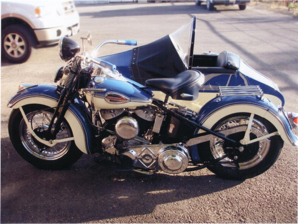 1941 HARLEY-DAVIDSON MOTORCYCLE W/SIDECAR - Front 3/4 - 79219