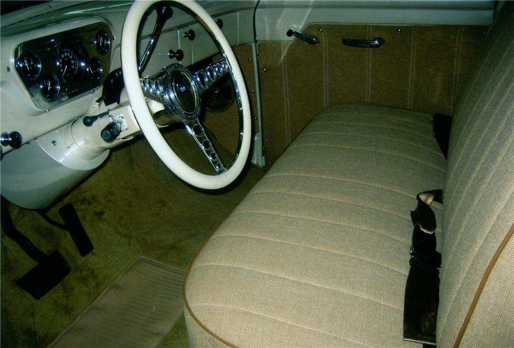 1953 FORD F-100 PICKUP - Interior - 79235