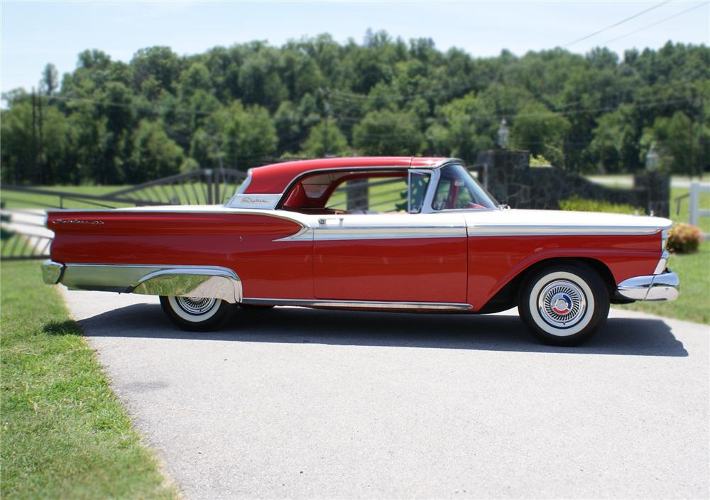 1959 FORD FAIRLANE RETRACTABLE HARDTOP - Side Profile - 79243