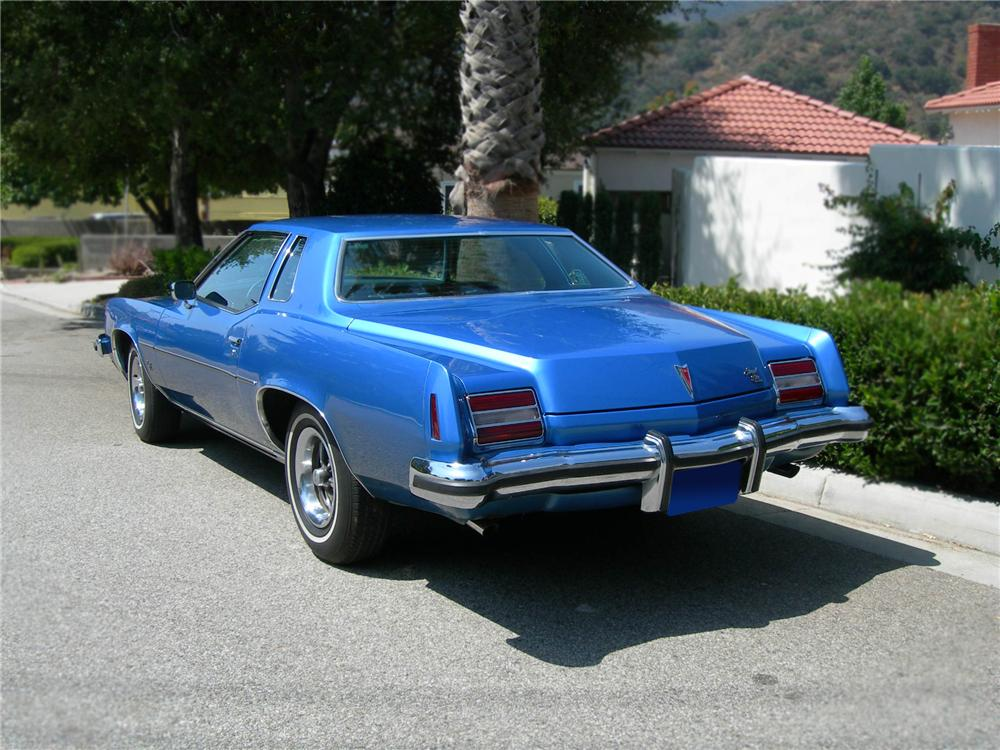 1973 PONTIAC GRAND PRIX 2 DOOR HARDTOP - Rear 3/4 - 79254