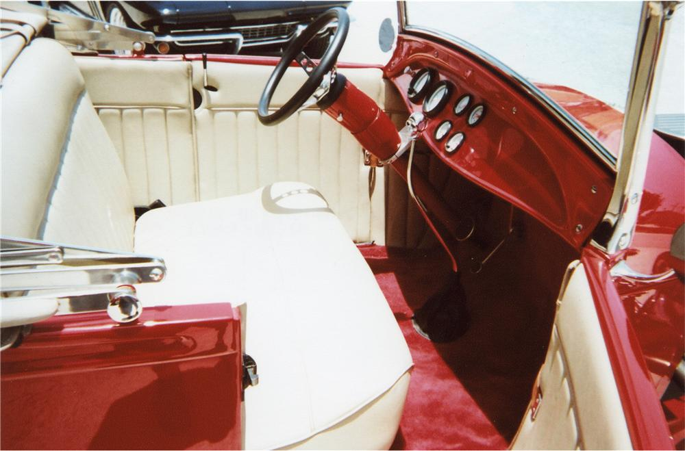 1929 FORD HI-BOY ROADSTER - Interior - 79274