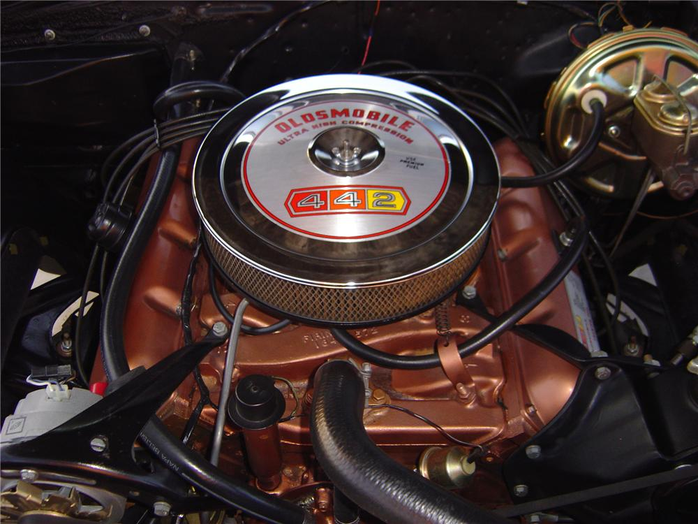 1967 OLDSMOBILE CUTLASS SUPREME CONVERTIBLE - Engine - 79533