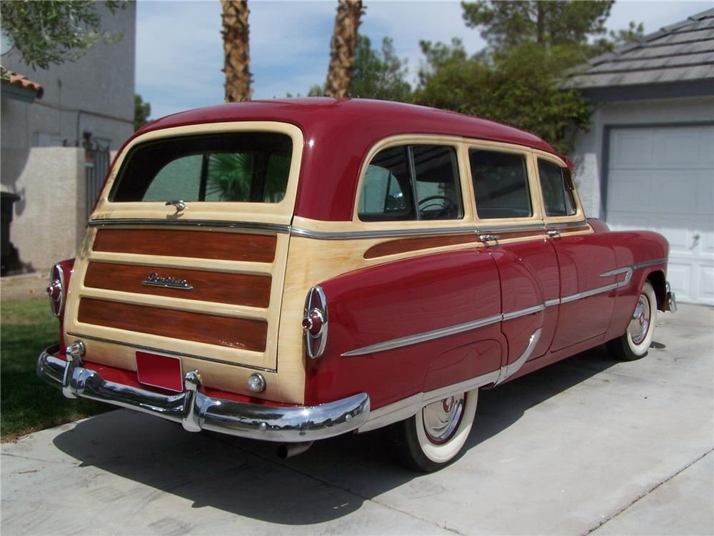 1953 PONTIAC CHIEFTAIN STATION WAGON - Rear 3/4 - 79587