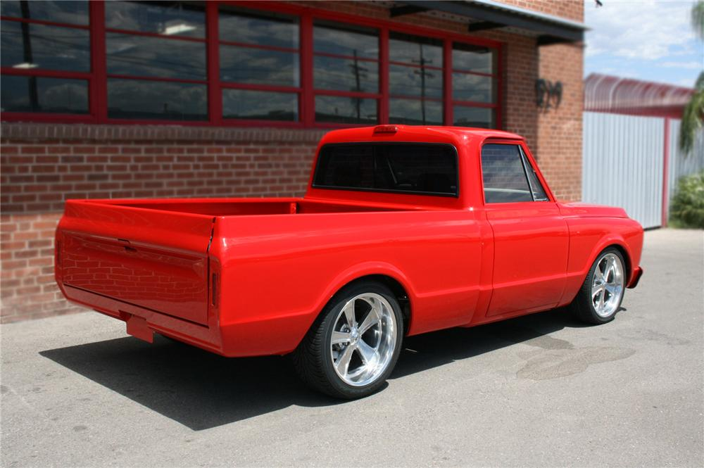 1970 CHEVROLET C-10 CUSTOM 1/2 TON PICKUP - Rear 3/4 - 79602