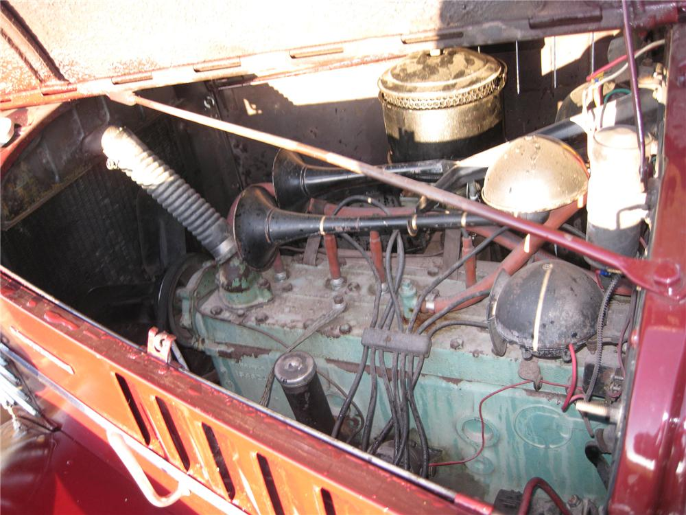 1938 PONTIAC 4 DOOR SEDAN - Engine - 79647