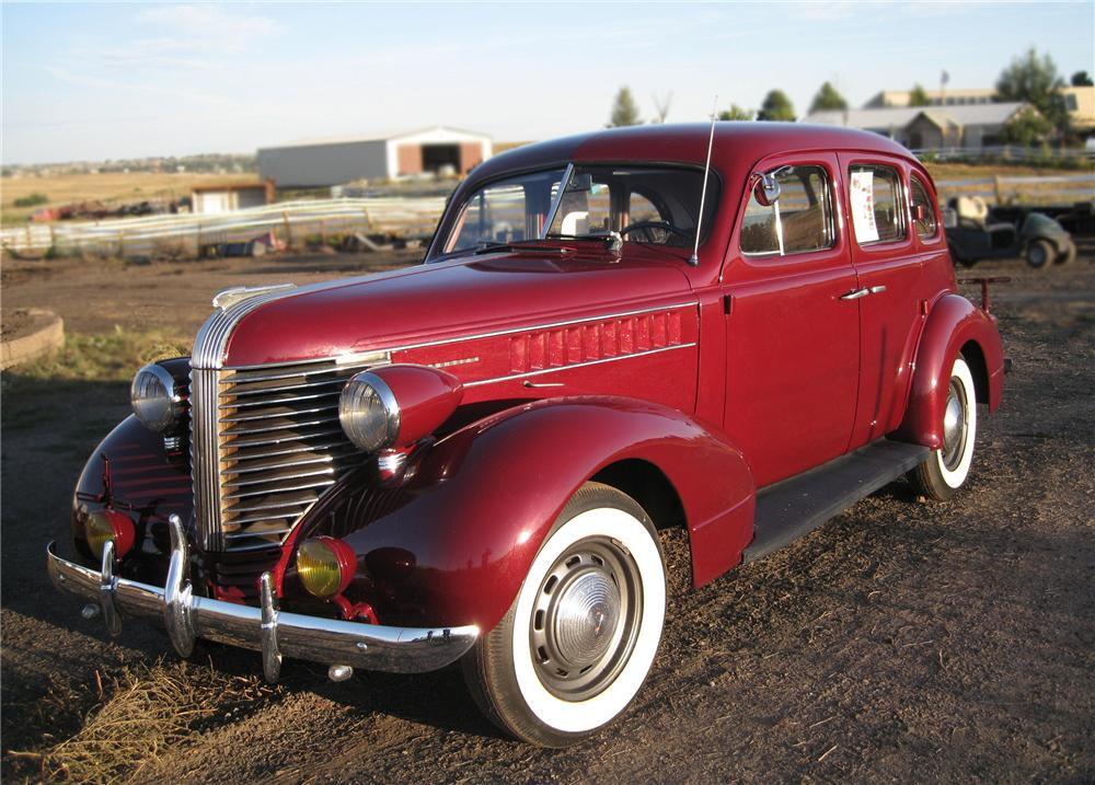 1938 pontiac 4 door sedan 79647