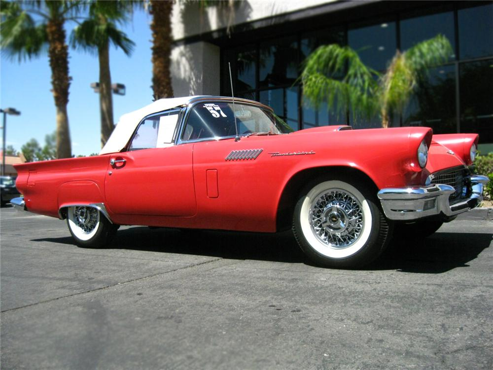 1957 FORD THUNDERBIRD CONVERTIBLE - Front 3/4 - 79670
