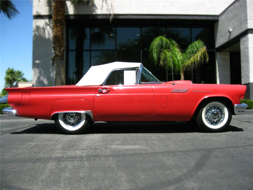 1957 FORD THUNDERBIRD CONVERTIBLE - Side Profile - 79670