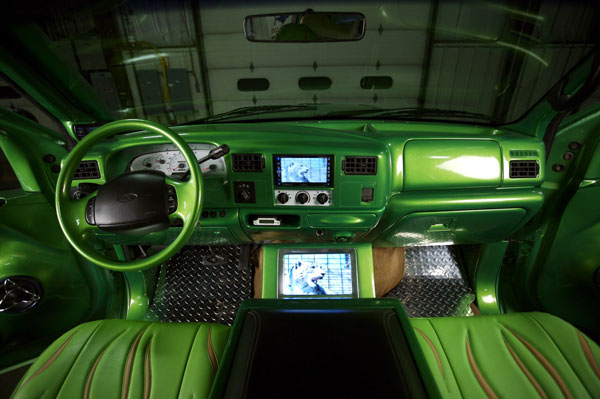 2001 FORD F-250 CUSTOM TRUCK - Interior - 79766