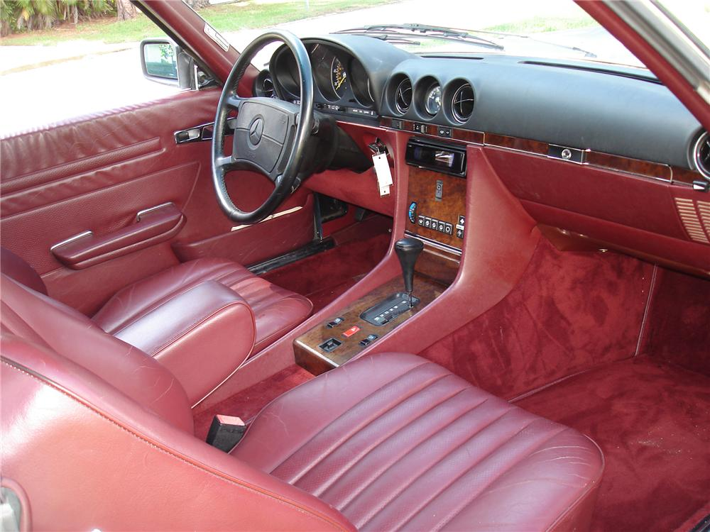 1987 MERCEDES-BENZ 560SL CONVERTIBLE - Interior - 79777
