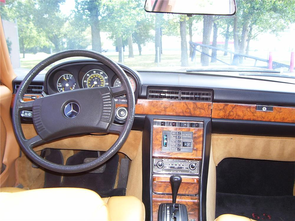 1977 MERCEDES-BENZ 450SEL 4D SEDAN - Interior - 79800