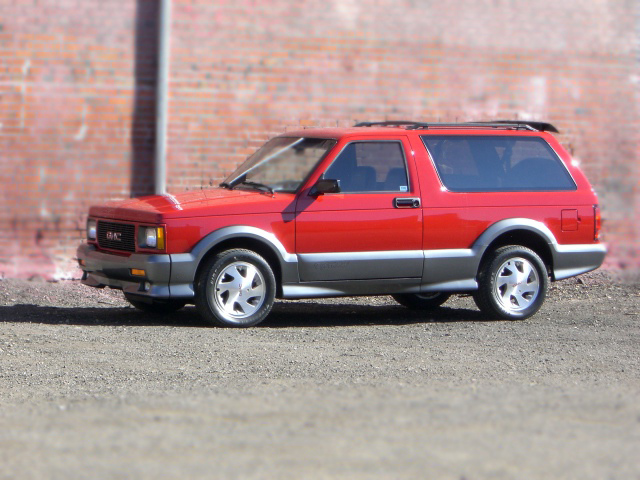 1992 GMC TYPHOON SUV - Side Profile - 79814