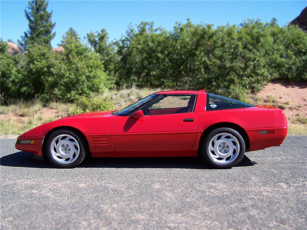 1991 CHEVROLET CORVETTE ZR-1 COUPE - Front 3/4 - 79816