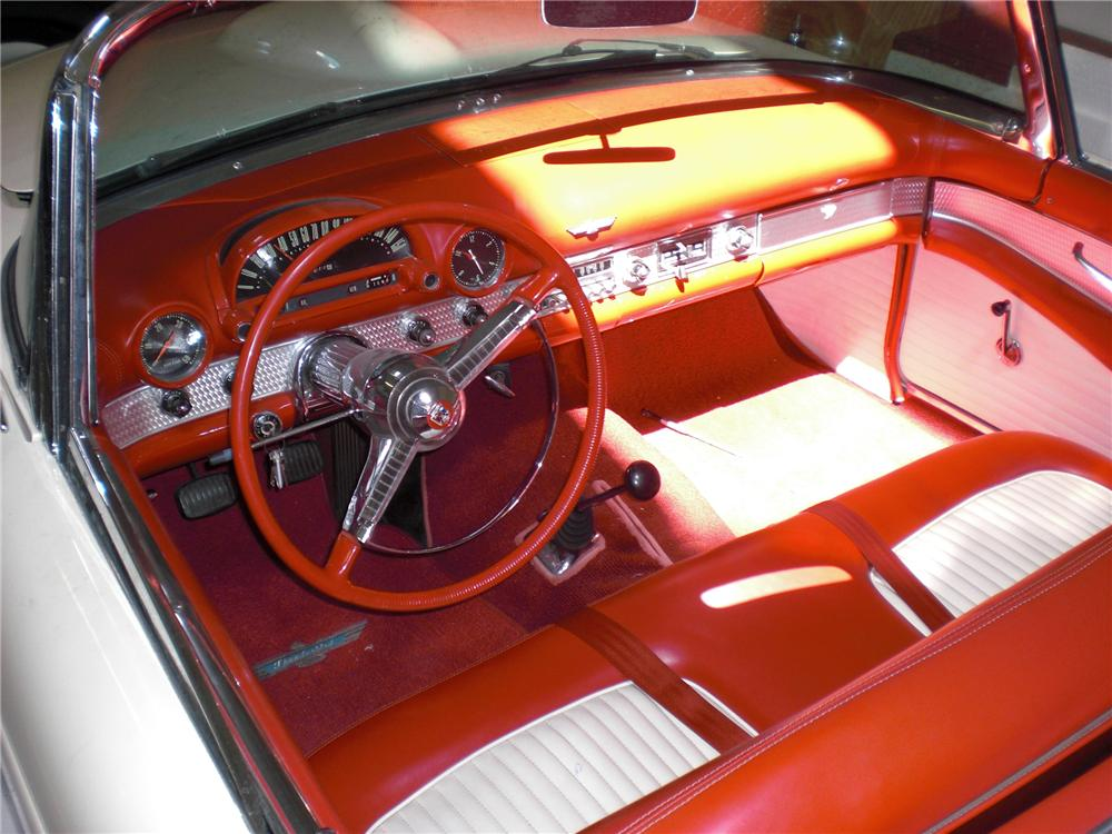 1955 FORD THUNDERBIRD CONVERTIBLE - Interior - 79817