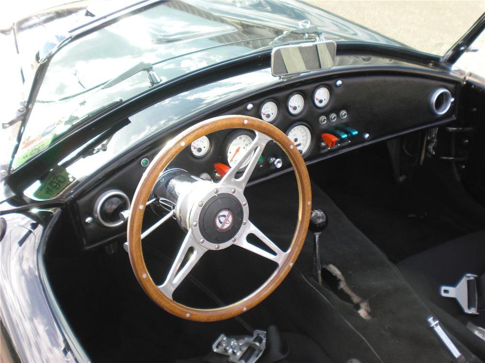 1966 SHELBY COBRA 427 ROADSTER REPLICA - Interior - 79819