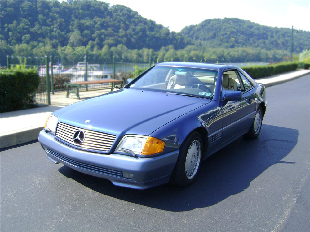 1990 MERCEDES-BENZ 300SL CONVERTIBLE - Front 3/4 - 79821