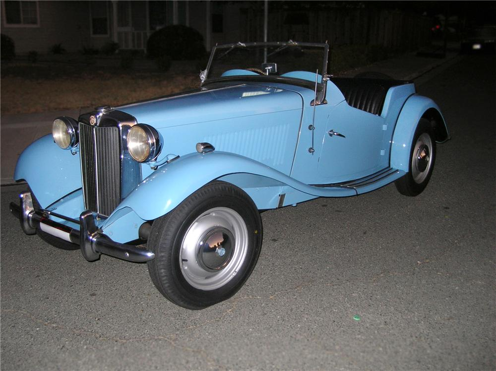 1950 MG TD ROADSTER - Front 3/4 - 79822