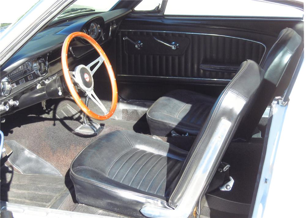 1965 FORD MUSTANG CUSTOM FASTBACK - Interior - 79886