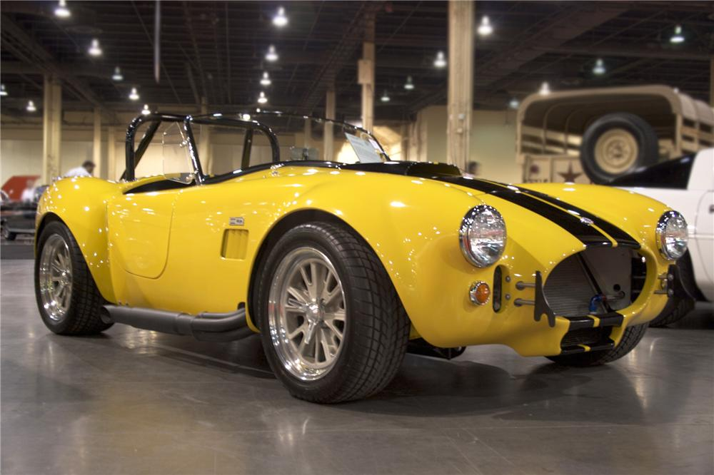 2005 FACTORY FIVE COBRA RE-CREATION   - Front 3/4 - 79894