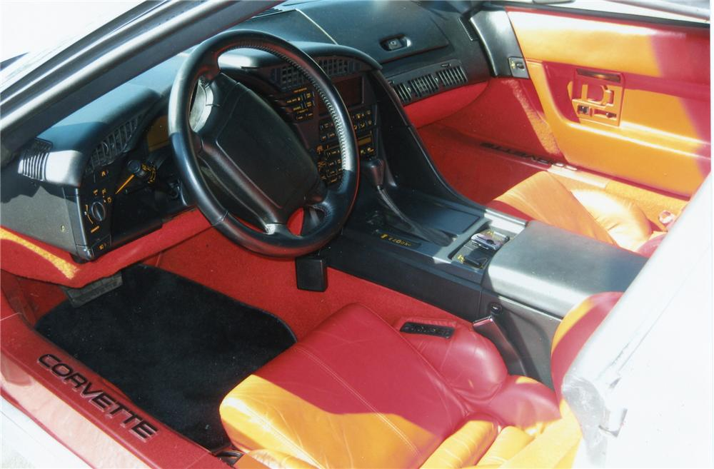 1993 CHEVROLET CORVETTE 2 DOOR COUPE - Interior - 79895