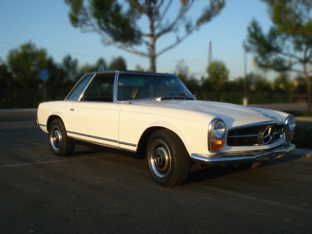 1967 MERCEDES-BENZ 230SL 2 DOOR CONVERTIBLE - Front 3/4 - 79898