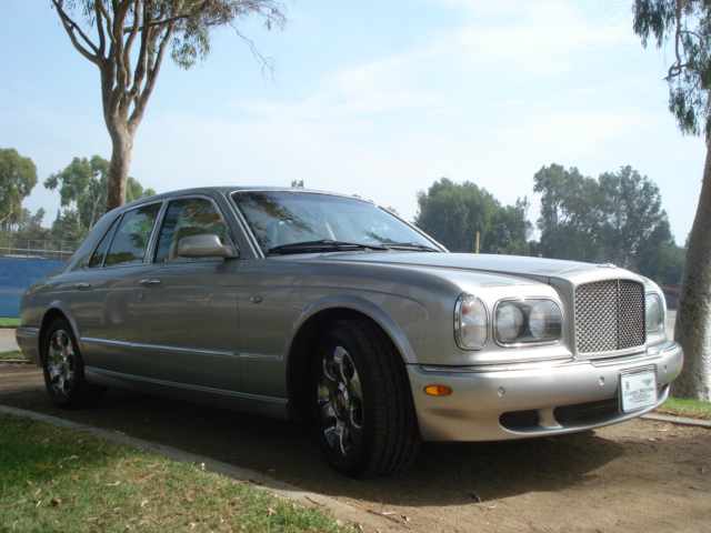 2000 BENTLEY ARNAGE 4 DOOR SEDAN - Front 3/4 - 79899
