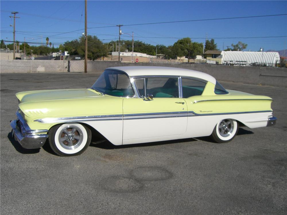 1958 CHEVROLET BISCAYNE 2 DOOR SEDAN - Side Profile - 79900