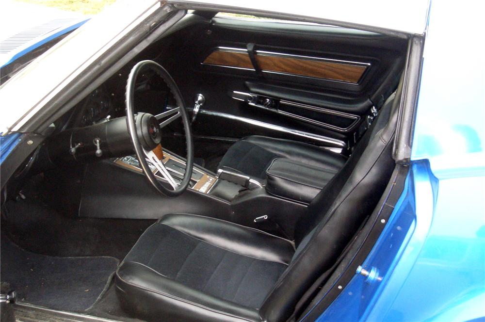 1973 CHEVROLET CORVETTE STINGRAY T-TOP - Interior - 80455