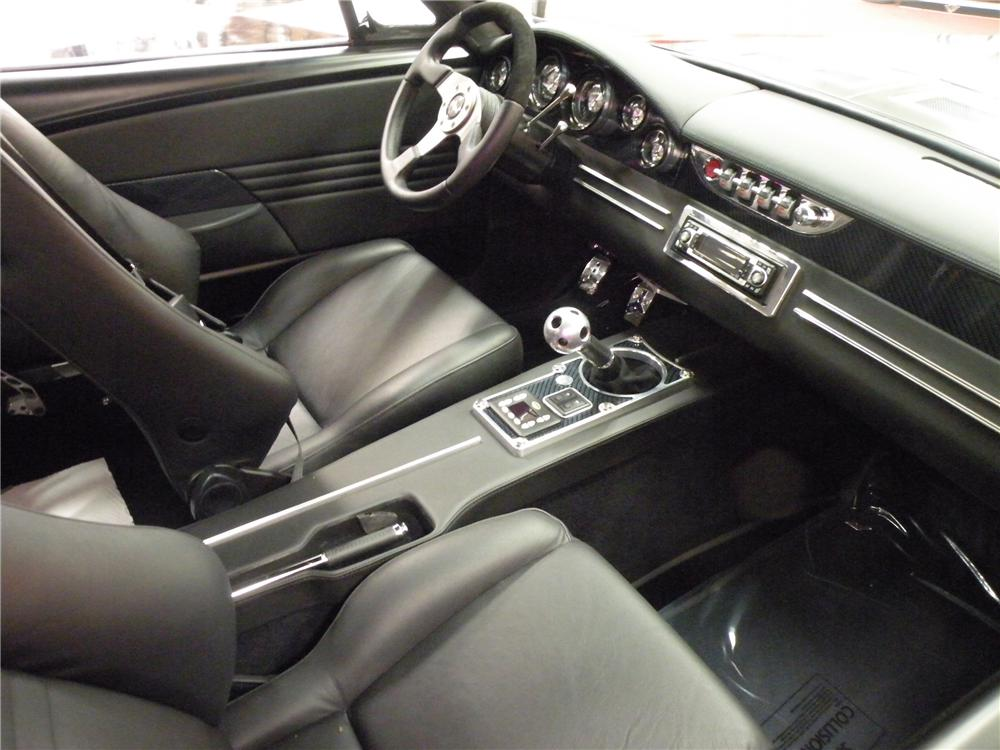 1967 FORD MUSTANG FASTBACK - Interior - 80895