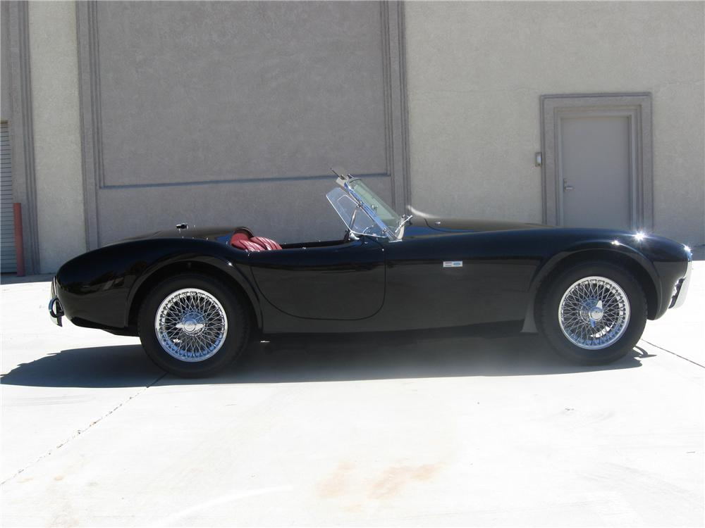 1963 SHELBY COBRA ROADSTER - Front 3/4 - 80901