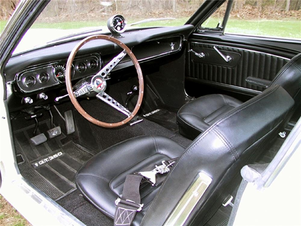 1966 SHELBY GT350 FASTBACK - Interior - 80907