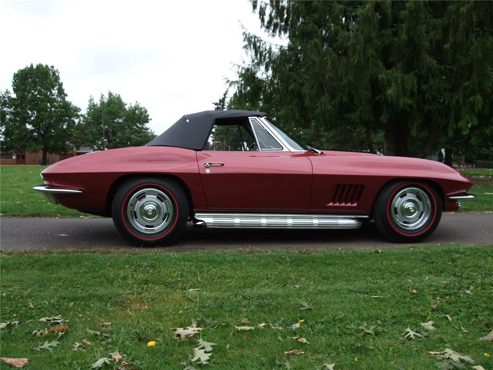 1967 CHEVROLET CORVETTE CONVERTIBLE - Side Profile - 80920