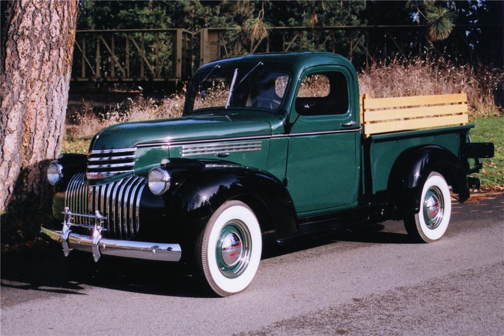 1946 CHEVROLET PICKUP - Front 3/4 - 80928