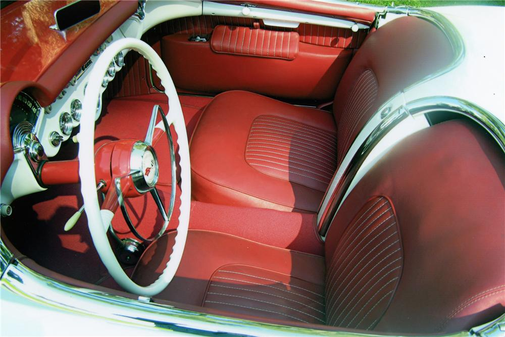 1954 CHEVROLET CORVETTE CONVERTIBLE - Interior - 80934