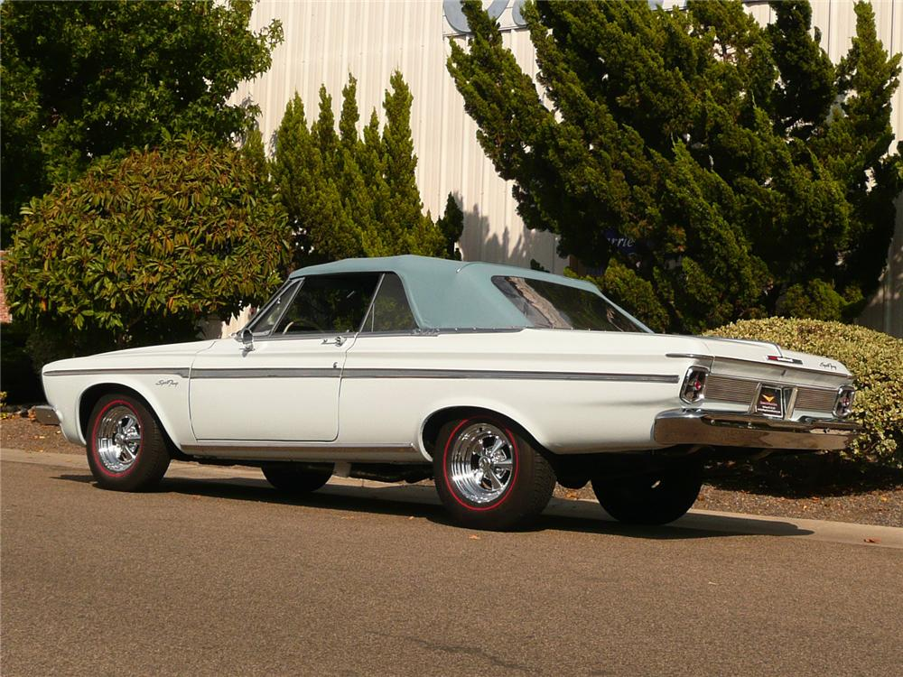 1963 PLYMOUTH SPORT FURY CONVERTIBLE - Rear 3/4 - 80941