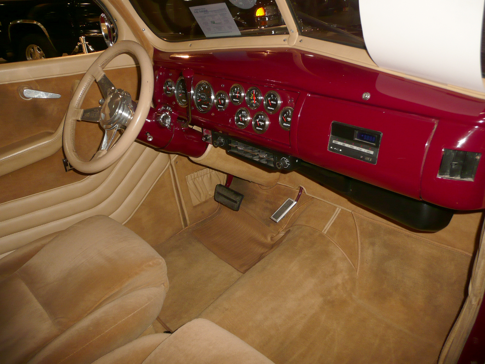 1940 FORD STREET ROD COUPE - Interior - 80944
