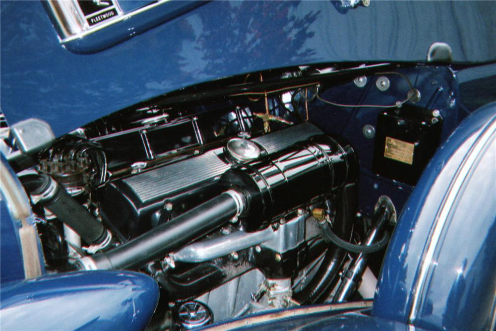 1935 CADILLAC SERIES 40 FLEETWOOD IMPERIAL CONVERTIBLE - Engine - 80949