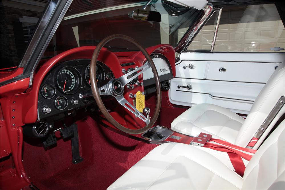 1965 CHEVROLET CORVETTE CONVERTIBLE - Interior - 80963
