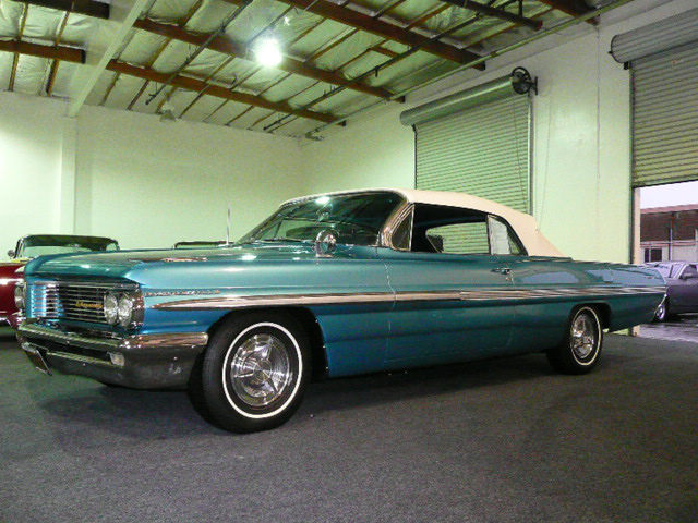 1962 PONTIAC BONNEVILLE CONVERTIBLE - Side Profile - 80975