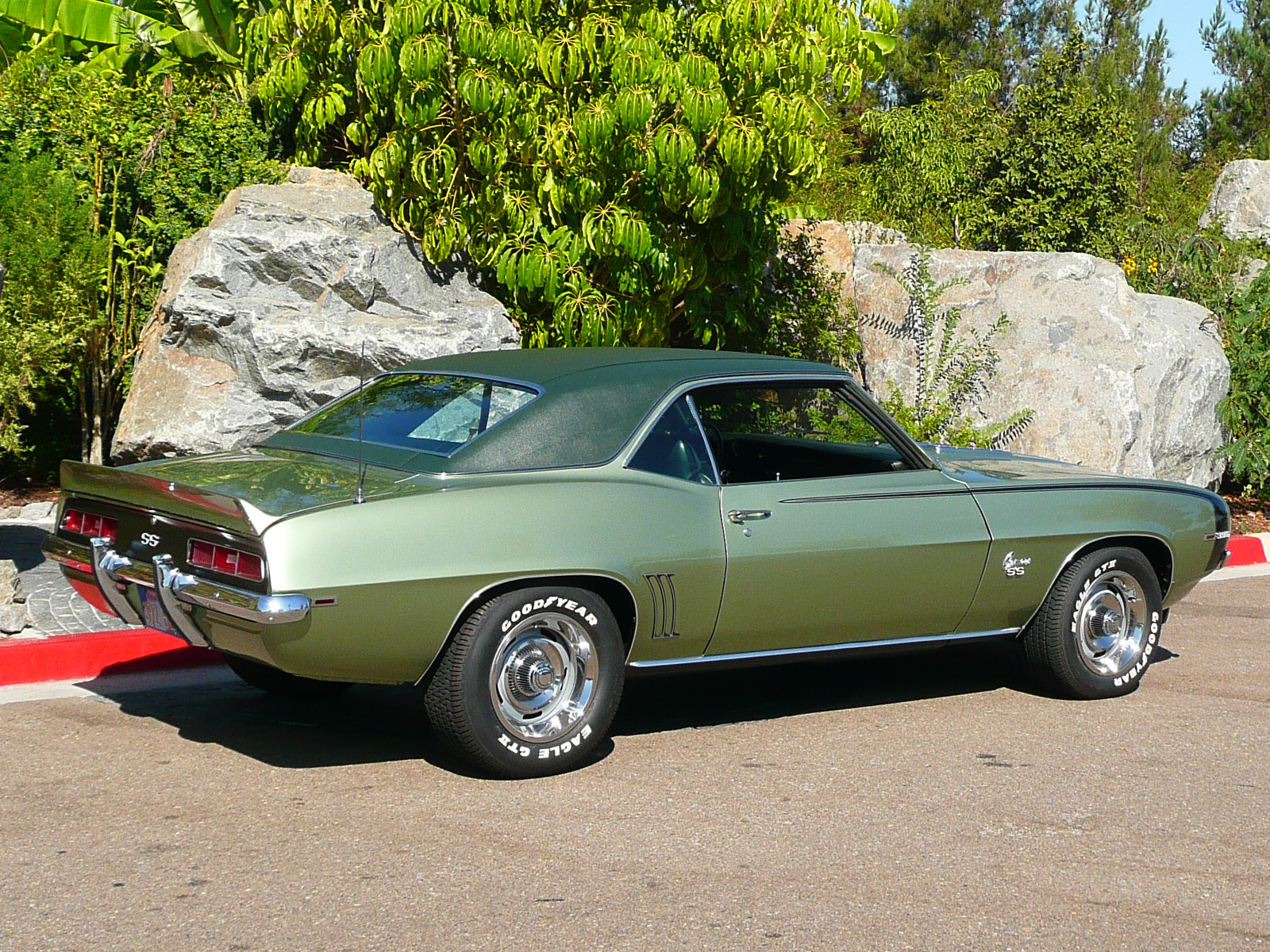 1969 CHEVROLET CAMARO SS COUPE - Rear 3/4 - 80979