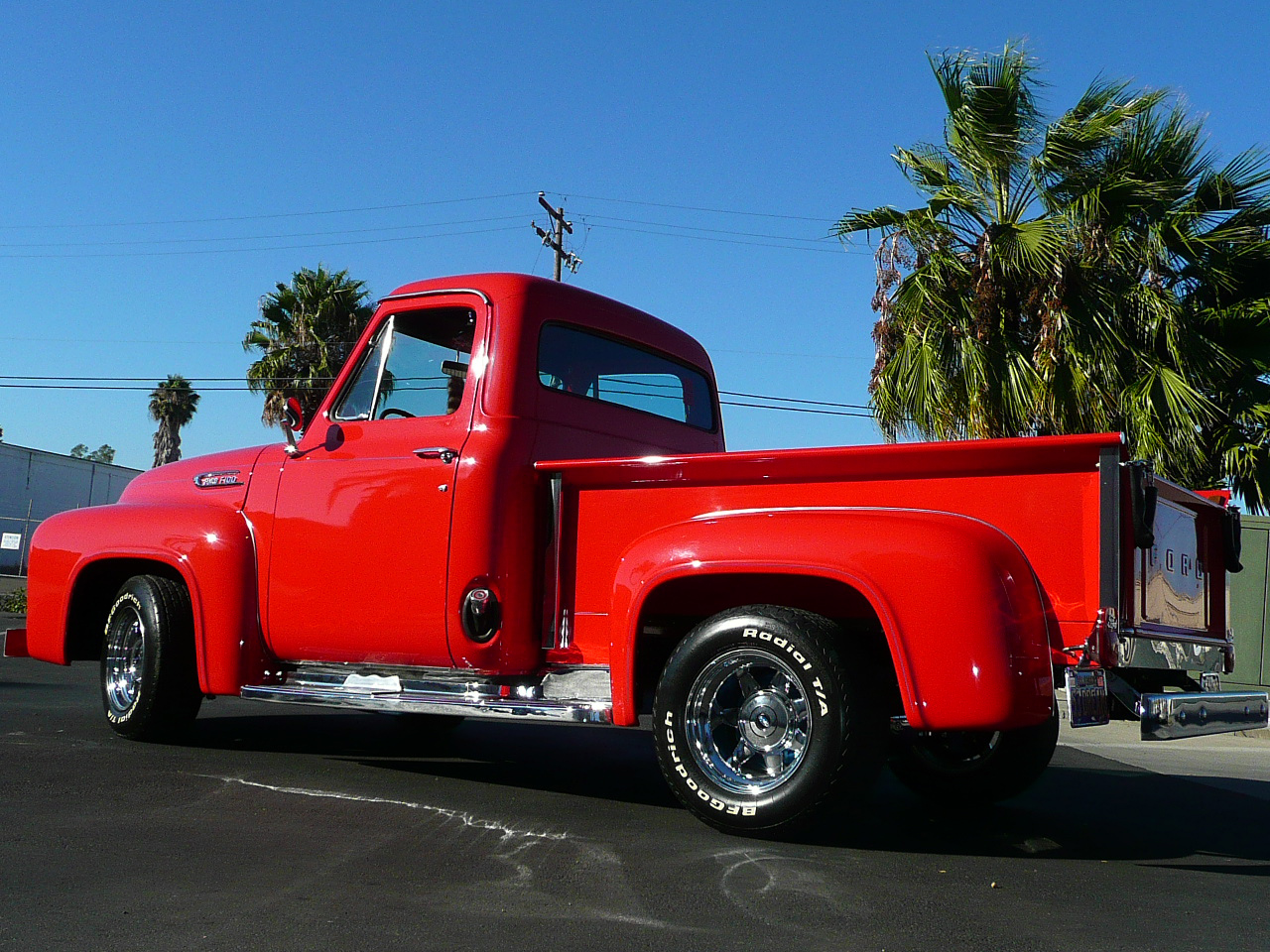 1953 FORD F-100 CUSTOM PICKUP - Rear 3/4 - 80986