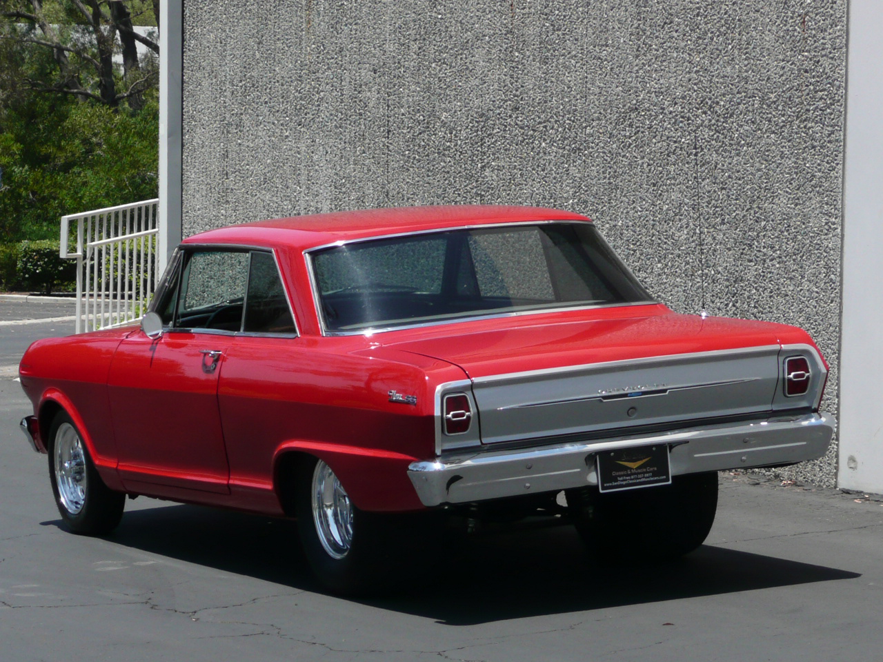1963 CHEVROLET NOVA SS CUSTOM 2 DOOR HARDTOP - Rear 3/4 - 80989