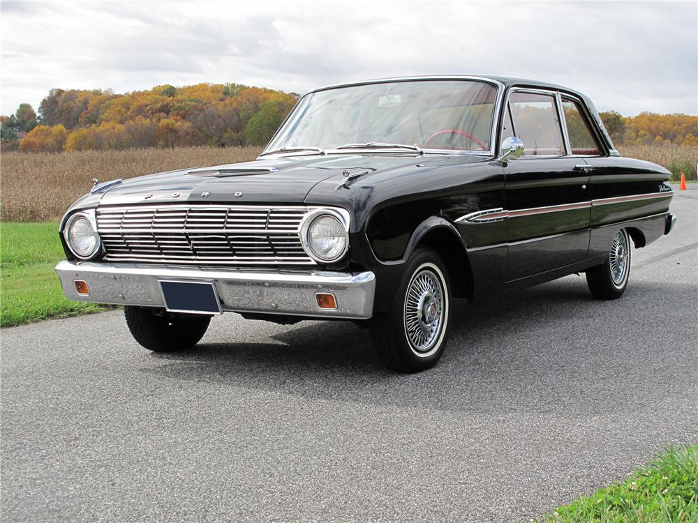 1963 FORD FALCON FUTURA 2 DOOR SEDAN - Front 3/4 - 81013