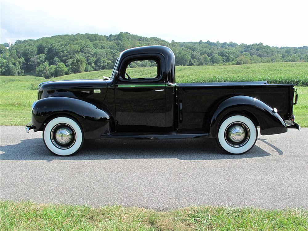 1941 FORD PICKUP - Side Profile - 81016
