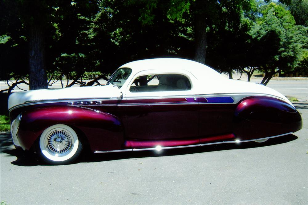 1941 LINCOLN ZEPHYR CUSTOM 3-WINDOW COUPE - Front 3/4 - 81035