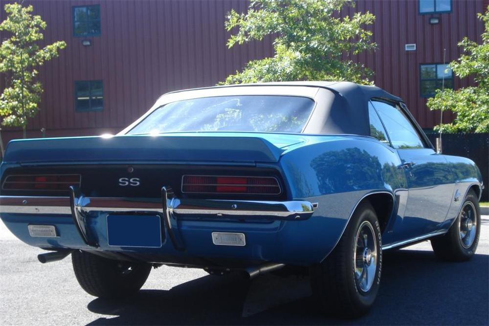 1969 CHEVROLET CAMARO RS/SS CONVERTIBLE - Rear 3/4 - 81039