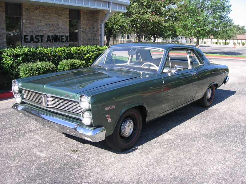 1967 MERCURY COMET 2 DOOR COUPE - Front 3/4 - 81040